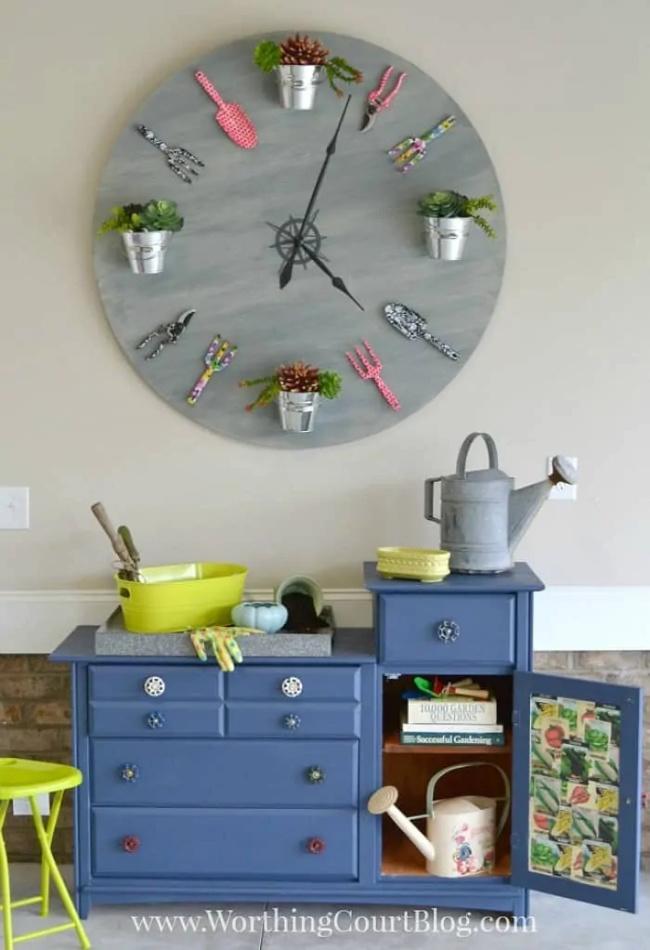 Rustic Garden Clock