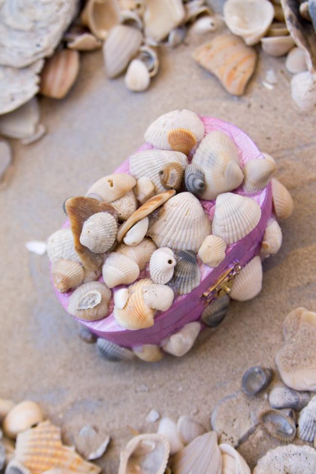 DIY Seashell Treasure Boxes
