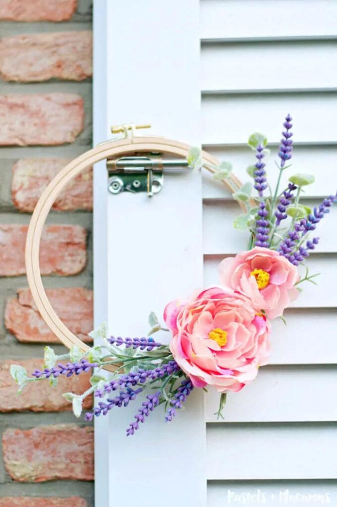 Embroidery Hoop Spring Wreath DIY