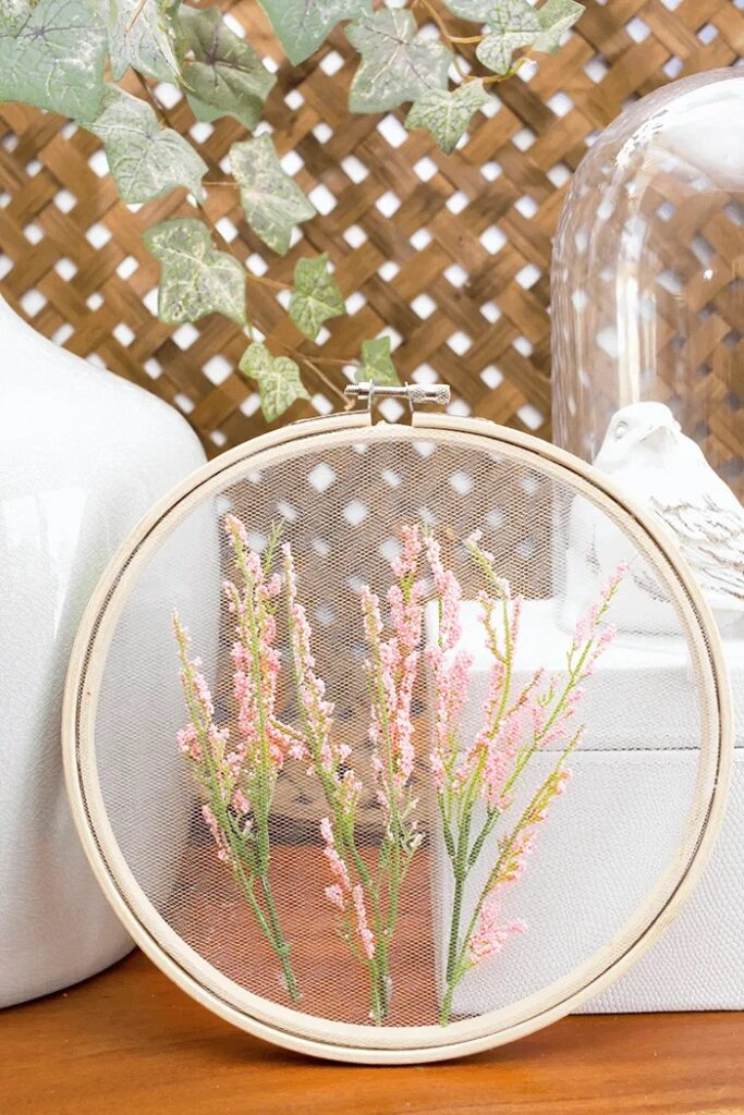How To Make Embroidery Hoop Art Using Tulle copy