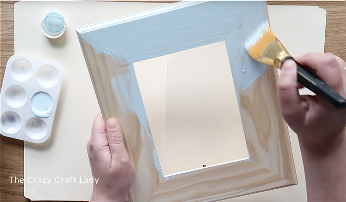 Paint the picture frame
