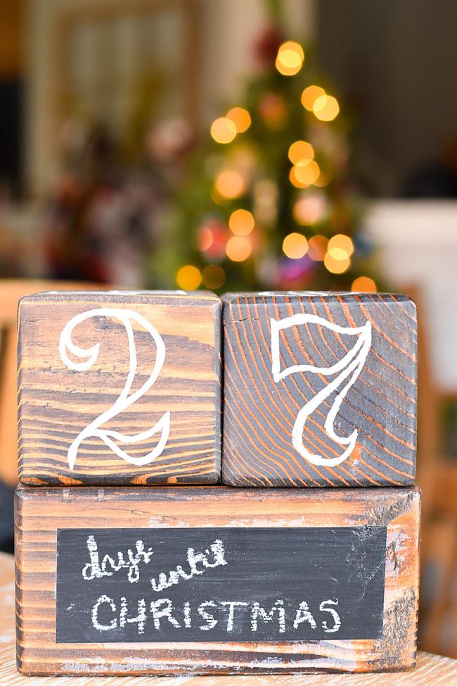 DIY Christmas Countdown Blocks