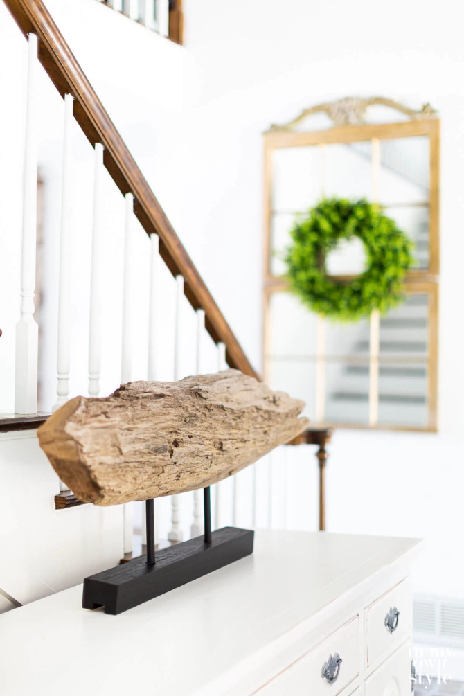 Driftwood Sculpture Table Top Stand DIY