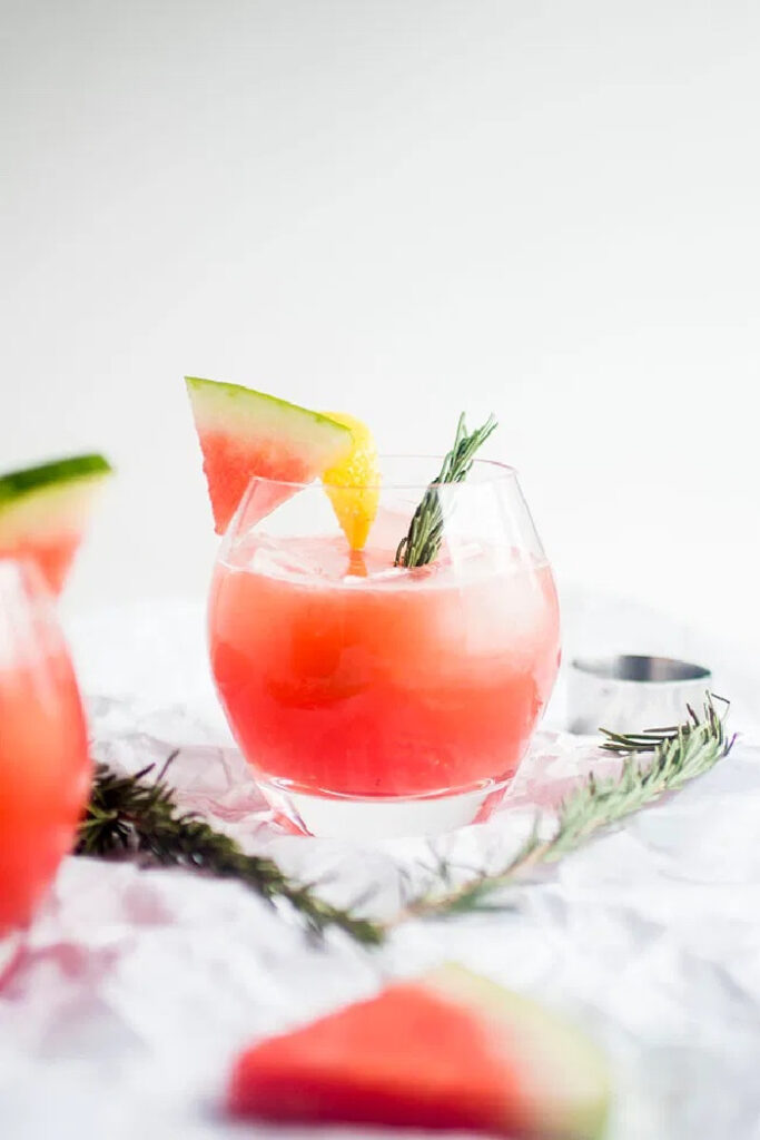 Rosmarin-Wassermelonen-Cocktails
