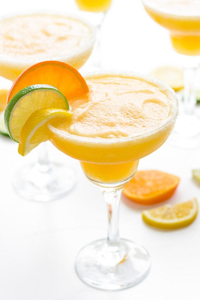Gefrorene Margarita . mit dreifacher Zitrusfrucht