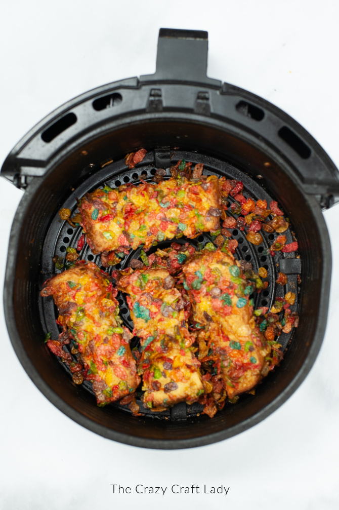 cook fruity pebbles french toast in air fryer
