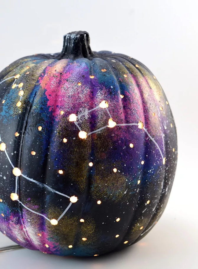 DIY Galaxy Painted Pumpkin
