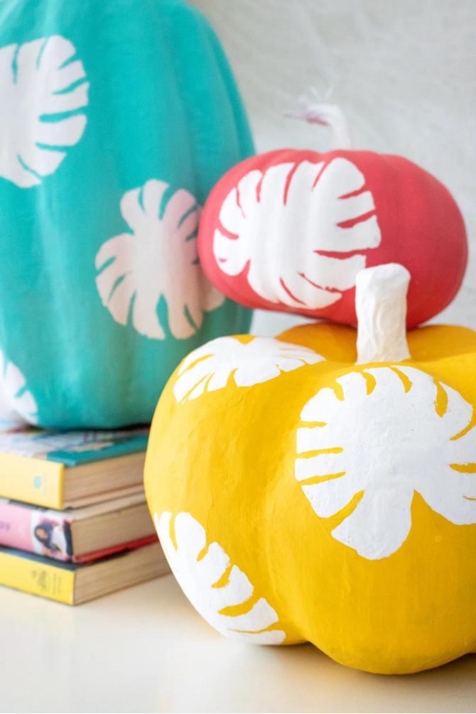DIY Monstera Leaf Pumpkins