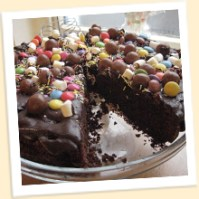 Bogtrotter cake at Cafe Twit : Roald Dahl Museum & Story Centre