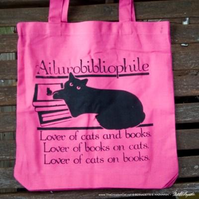 Ailurobibliophile bag, camellia pink.