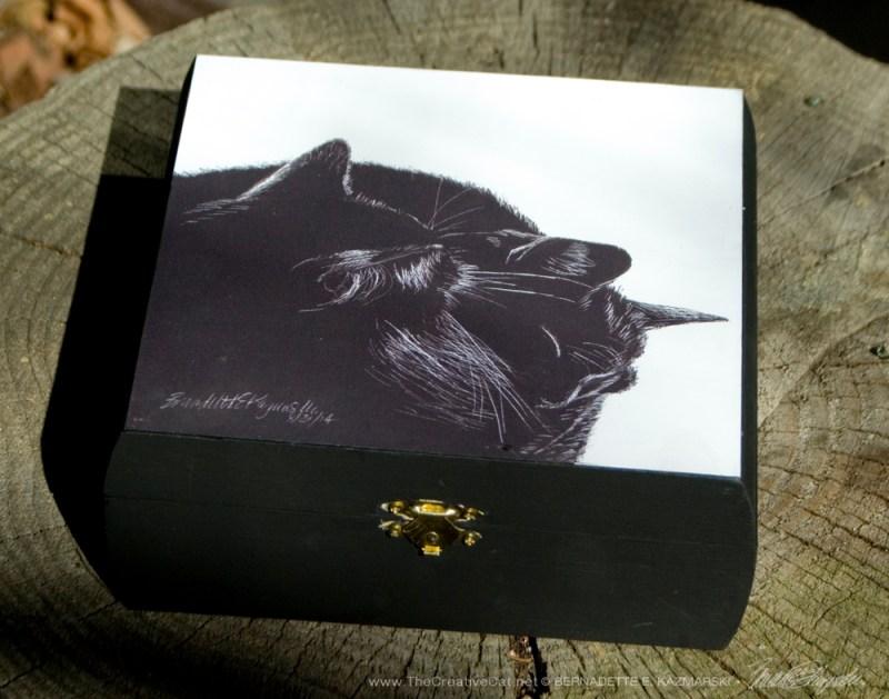 """""""Black and Light"""" keepsake box."""