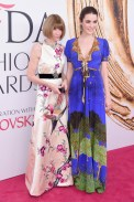 Anna Wintour and Bee Shaffer CFDA Awards 2016