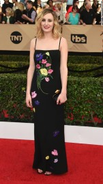 laura-carmichael-sag-awards-2017