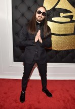 steve-aoki-grammy-awards-2017
