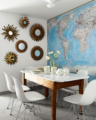 world map - map wallpaper - maps - framed maps - map art - interior design and home decor - crafts - DIY - dining room design via pinterest4