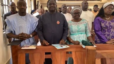 Femi Adesina(second from left), and his wife, Nike Adesina
