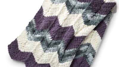 EZ Knitting Ripple Blanket + Tutorial