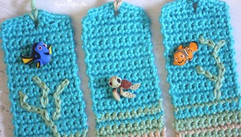 Learn how to crochet an Amigurumi Rat Bookmark Part 1 - YouTube | 200x350