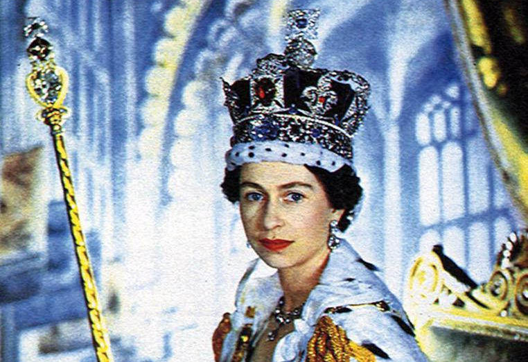 queens coronation holding orb and sceptre