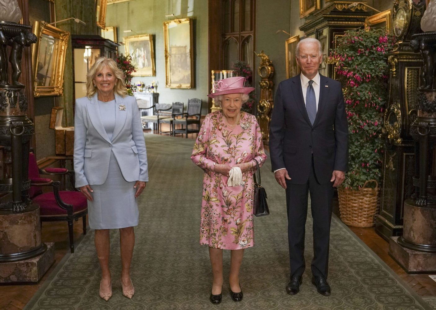 The Queen hosted President and First Lady Biden for tea at Windsor (@RoyalFamily)