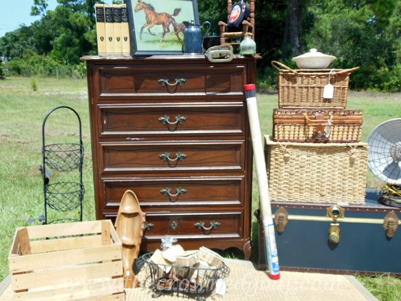 082214-3 Annie Sloan Chalk Paint Dresser Makeover Painted Furniture