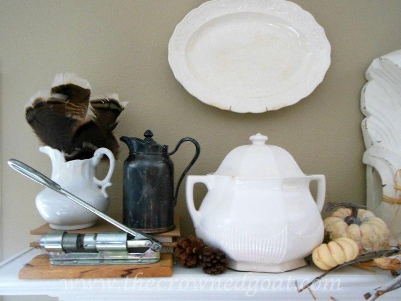 091914-3 Fall Blog Series: Mantle Decorating Holidays
