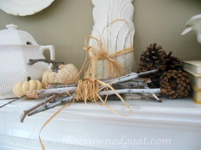 091914-4 Fall Blog Series: Mantle Decorating Holidays