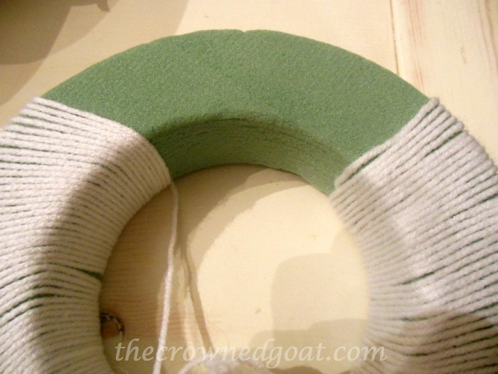 120314-1 Holiday Blog Series: Yarn Ball Wreath Crafts Holidays