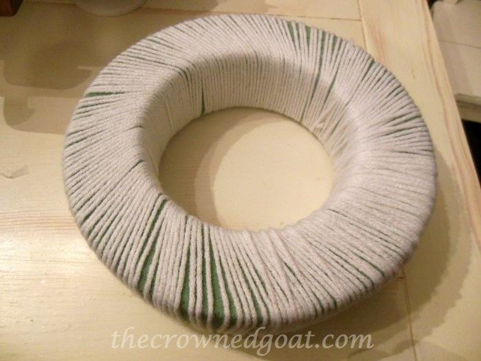 120314-2 Holiday Blog Series: Yarn Ball Wreath Crafts Holidays