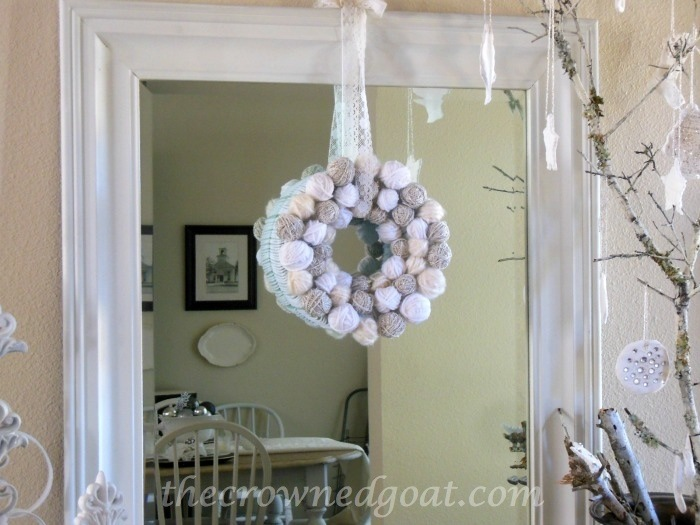120314-5 Holiday Blog Series: Yarn Ball Wreath Crafts Holidays