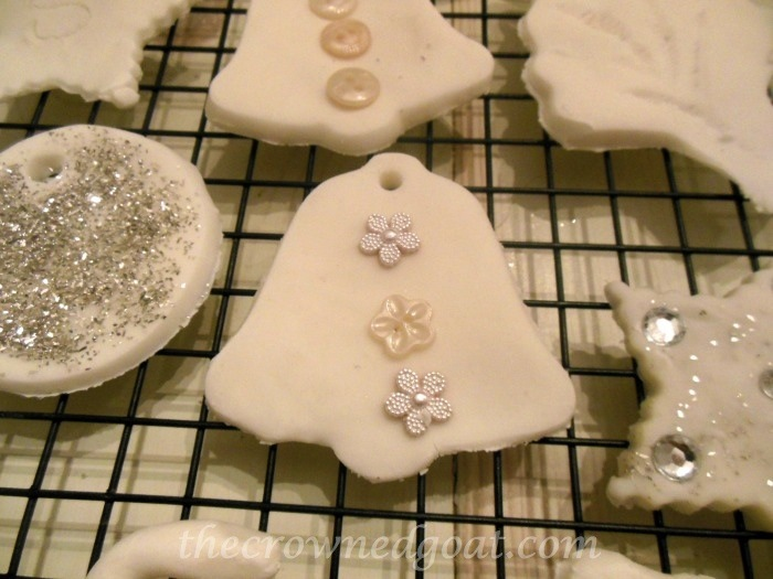 120414-12 Holiday Blog Series: Make at Home White Ornaments Crafts Holidays