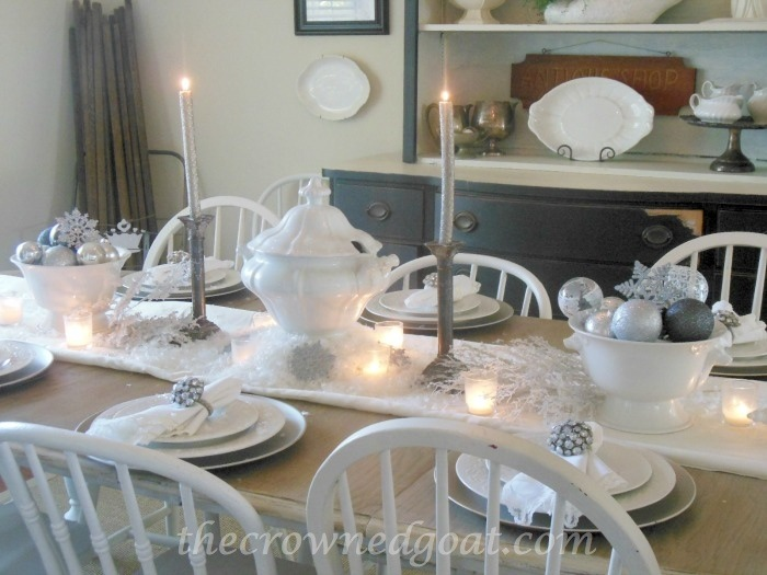 120514-1 Holiday Blog Series: Winter Wonderland Tablescape Christmas Decorating Holidays