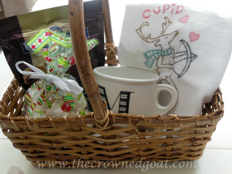 121714-6 Reindeer Flour Sack Towel Gift Bakset