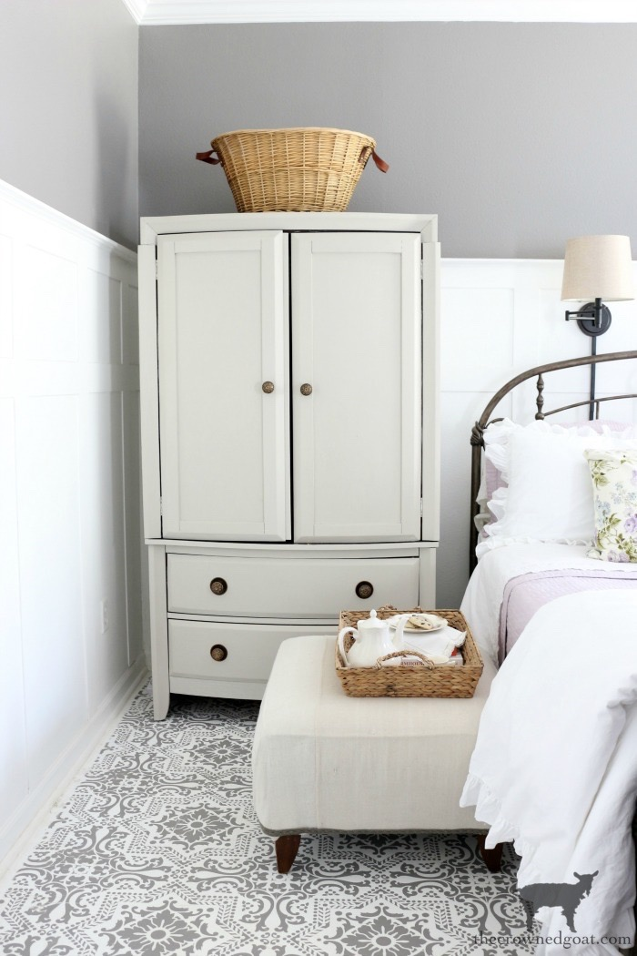 Master-Bedroom-Spring-Home-Tour-The-Crowned-Goat Spring Flowers Home Tour Decorating Holidays Spring
