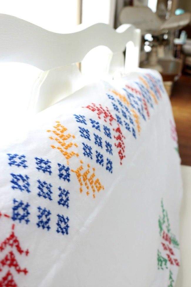 Thrifted-Tablecloth-as-Pillow-Cover-The-Crowned-Goat-052715-4 Easy Summer Tablescape Decorating