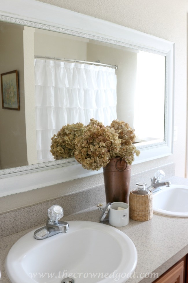 Simple-Bathroom-Styling-The-Crowned-Goat-062415-6 Bathroom Makeover Reveal Decorating