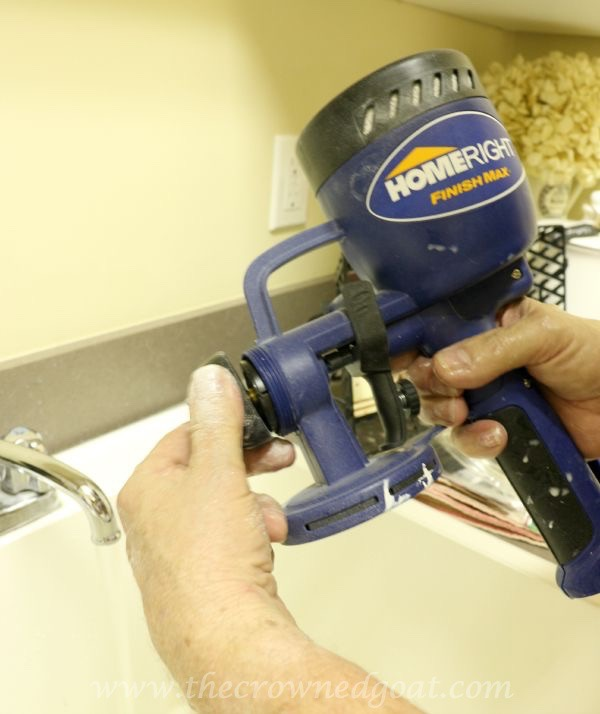 082515-25 Painting a Kitchen Island with the HomeRight Finish Max Sprayer DIY