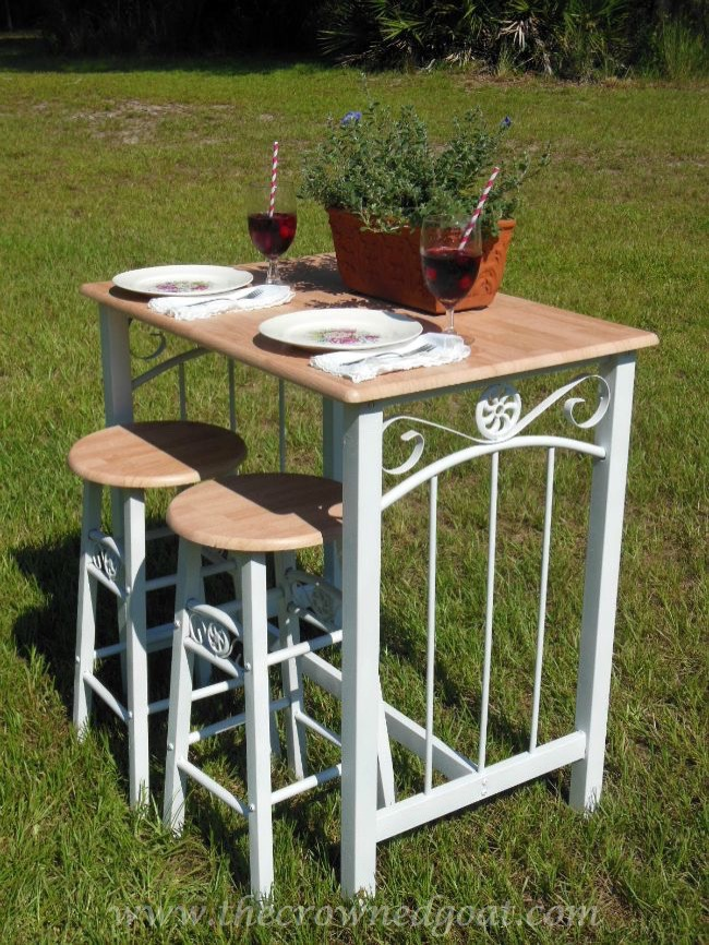 Rust-oleum-Painted-Bar-Stools-and-Table-082714-7 Rust-oleum Painted Table and Bar Stools Painted Furniture