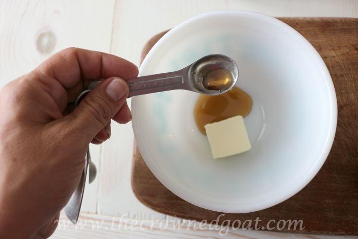 091115-7 Fall Inspired Honeycrisp Apple Panini Fall Holidays