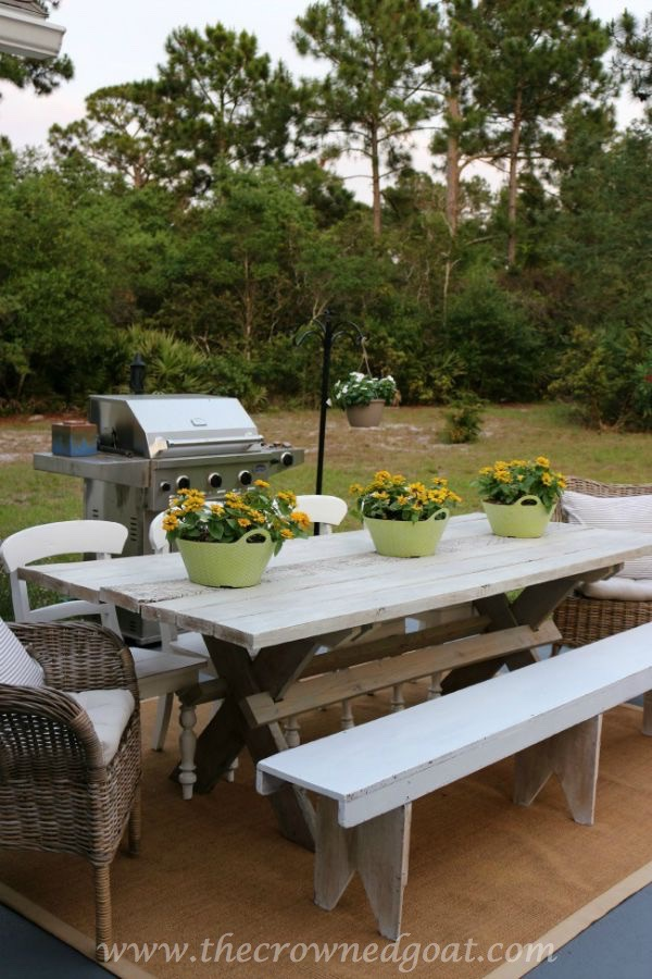 Farmhouse-Style-Table-092215-1 How to Clean Outdoor Wicker Furniture Uncategorized