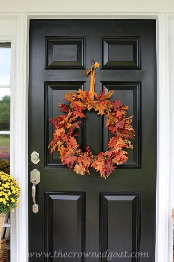 101415-1 Fall Inspired Front Door Décor Fall Holidays