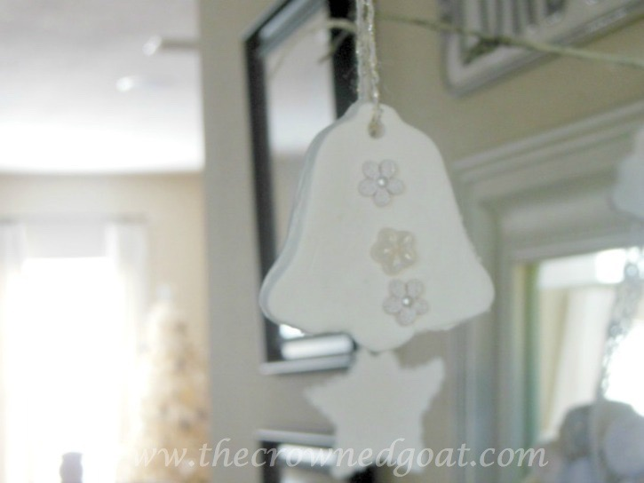 112415-4 Neutral Inspired Christmas Ideas Christmas Decorating Holidays