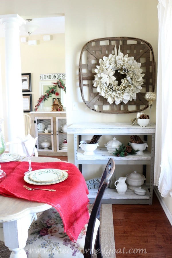 120115-28 Merry Christmas Tour of Homes Blog Hop Christmas Decorating Holidays