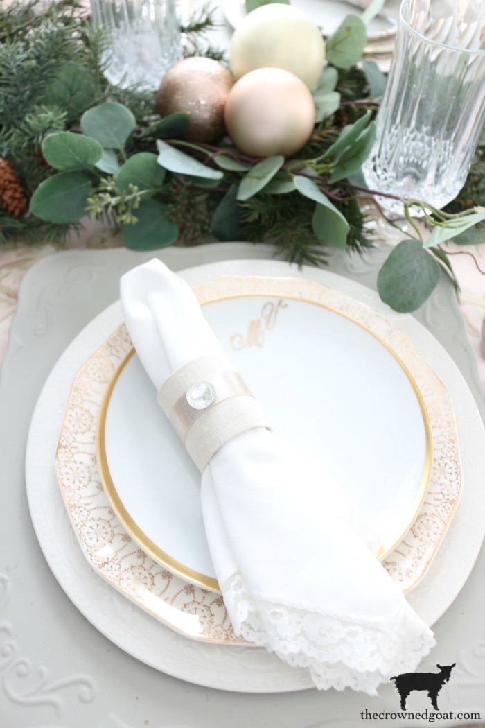 Last-Minute-Holiday-Tablescape-Ideas-The-Crowned-Goat-21 Last Minute Holiday Tablescape Ideas Christmas Decorating Holidays