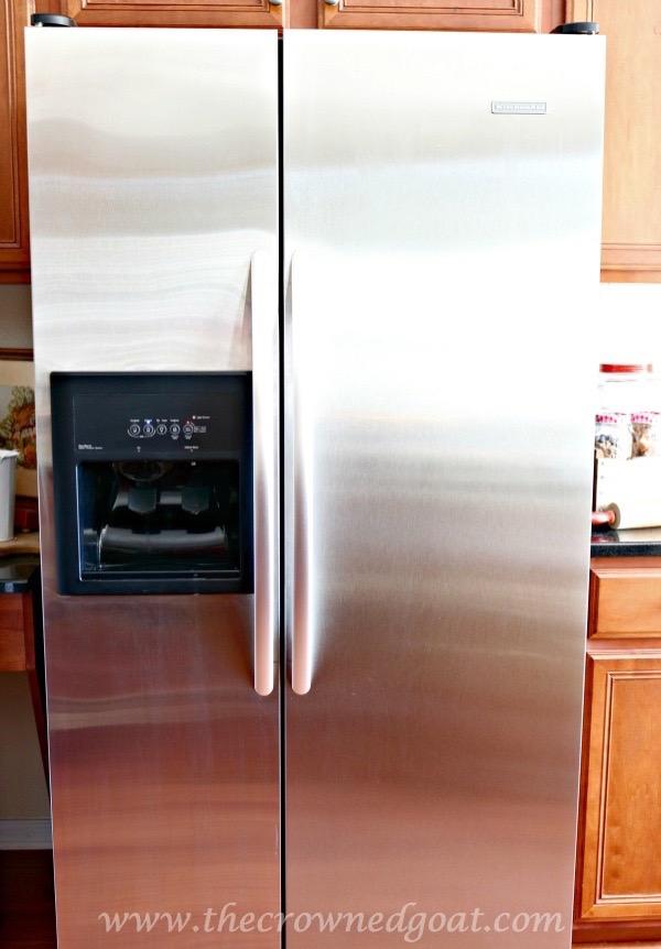 012716-4 7 Time Saving Kitchen Cleaning Tips Organization
