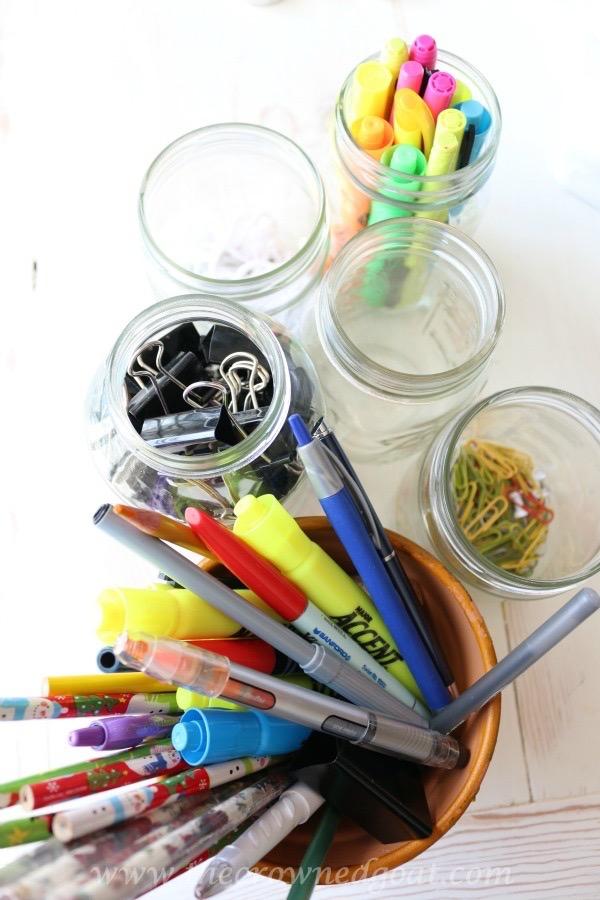 020216-6 How to Organize a Kitchen Desk Organization