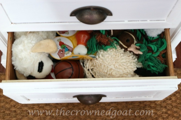 020316-8 Creating a Dog Feeding Station From a Nightstand Uncategorized