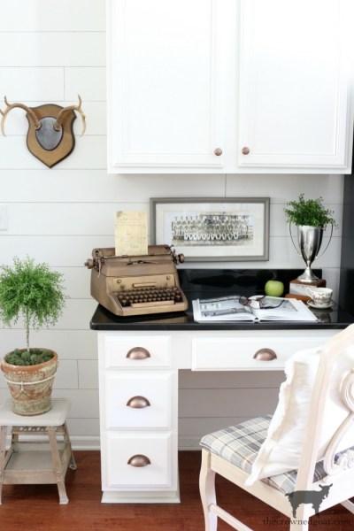 How to Organize a Kitchen Desk