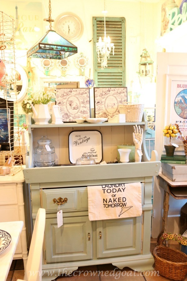 030816-3 Laundry Room Folding Station Decorating Painted Furniture