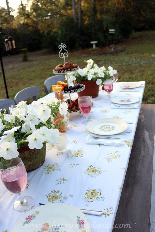 031716-17 Vintage Inspired Spring Tablescape Decorating DIY Spring